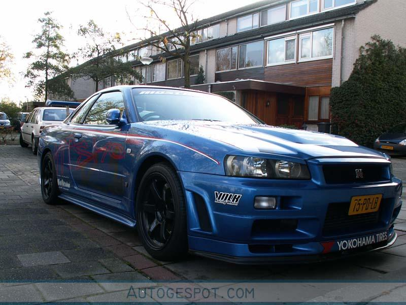 nissan skyline r34 gt r v spec ii 7 novembre 2005. Black Bedroom Furniture Sets. Home Design Ideas
